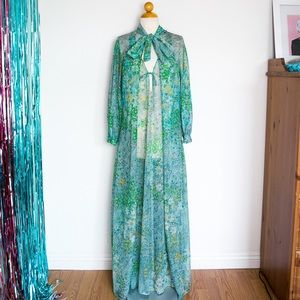 Vintage 60's Lingerie Gown & Robe